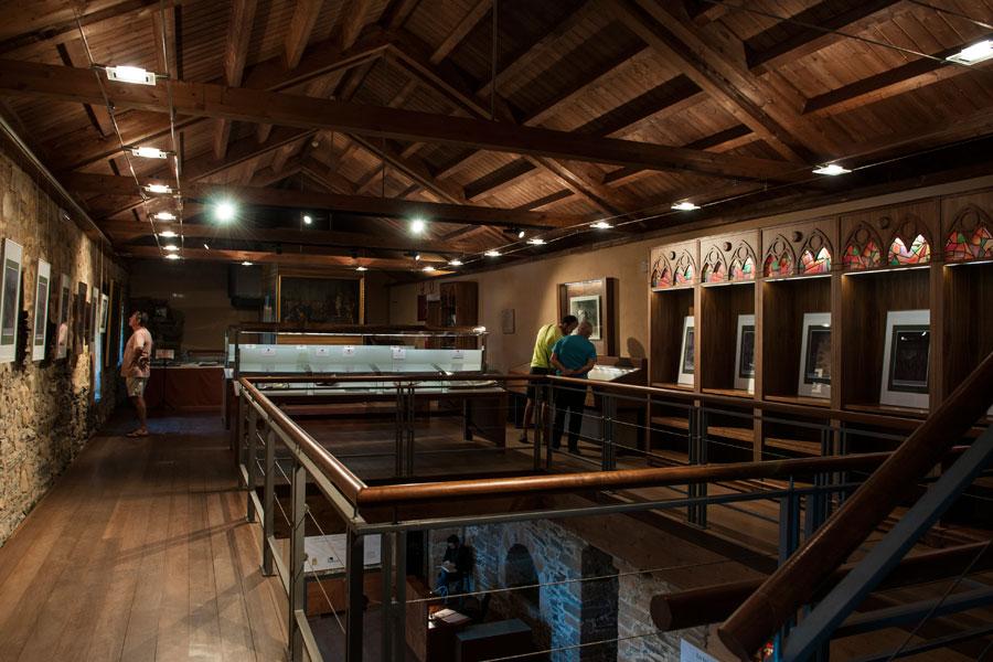 Biblioteca Templaria y Centro de Estudios Históricos
