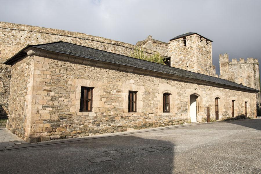 Edificio Las Cuadras,1848. Oficina de Turismo