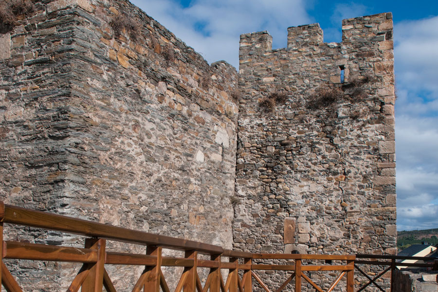 Torre de los Reyes Católicos desde la Ronda Alta