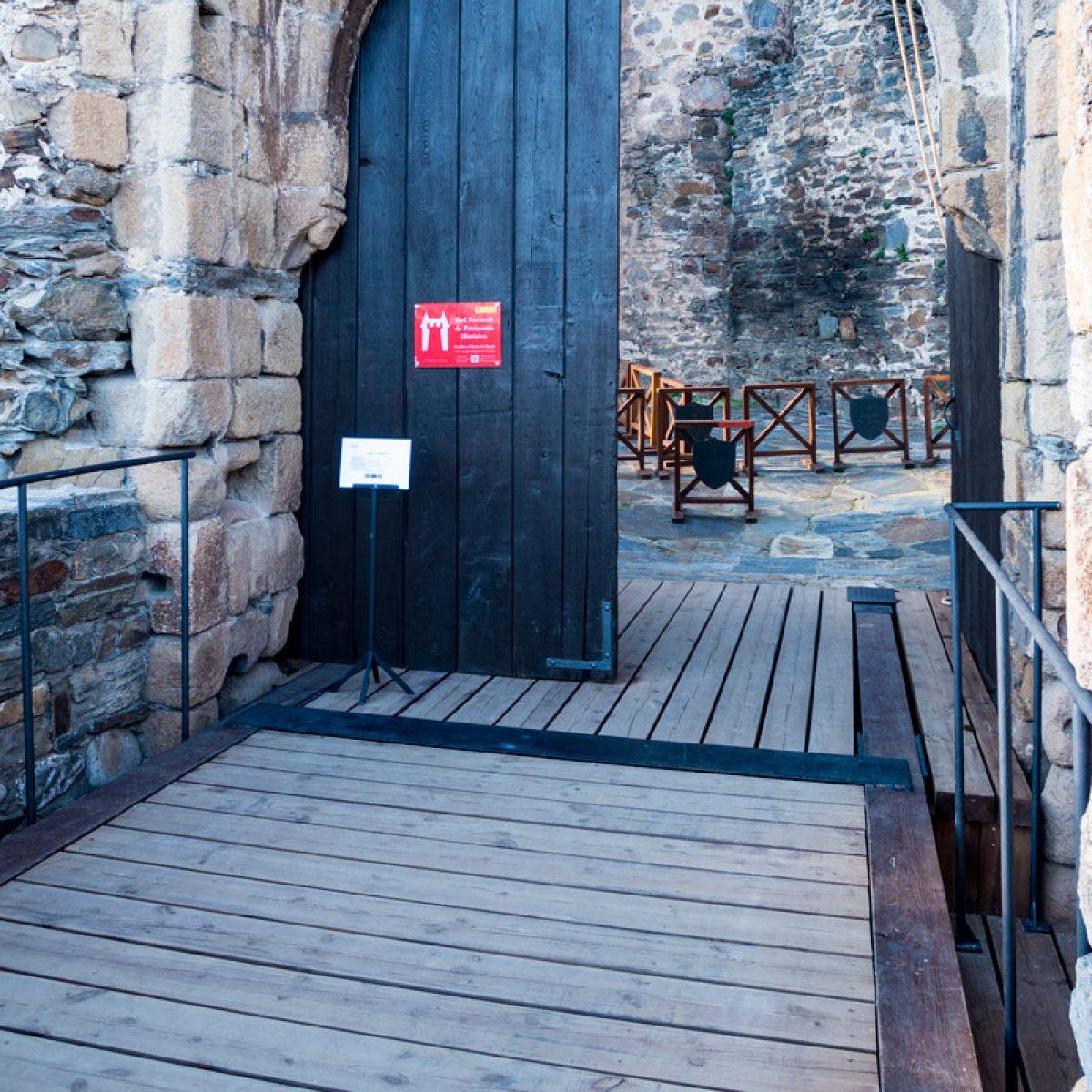Puente levadizo Castillo de los Templarios